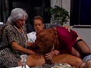 Oma Gangbang mit Rocco Siffredi