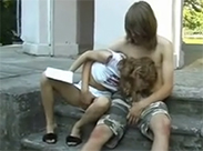 Teenie Sex im Freien