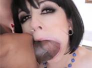 Dicke Schwänze in der Mundfotze