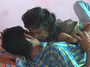 Indische Amateurin will Sex mit Freund