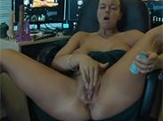 Warum arbeiten wenn man masturbieren kann?