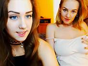 Junge Girls vor der Cam