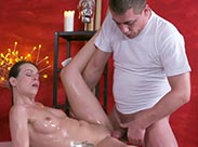 Multiple Orgasmen im Massage Porno