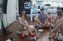 Heisser Gruppensex mit jungen Studenten