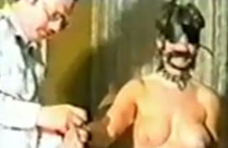 Sex Sklavin hart rangenommen